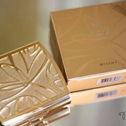 [REVIEW] MISSHA Makeup RADIANCE TWO-WAY PACT SPF27/PA++ (NO.23)