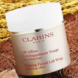 Mặt nạ Clarins thon gọn mặt Shaping Facial Lift Wrap, có đúng như lời quảng cáo?