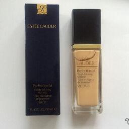 [Review] Estee Lauder Perfectionist Youth-Infusing Makeup SPF 25 – kem nền kết hợp với serum dưỡng da!