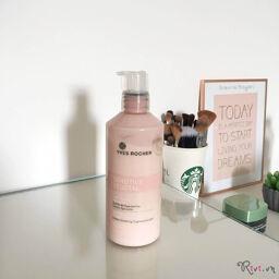 [Review] Làm sạch nhẹ nhàng cùng với sữa tẩy trang dịu nhẹ Yves Rocher Soothing Cleansing Milk !