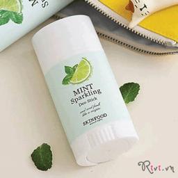 Thỏi lăn khử mùi SKINFOOD Bath & Body MINT SPARKLING DEO STICK cho làn da dưới cánh tay khô thoáng
