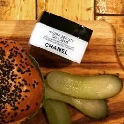 [Review] Chanel Hydra Beauty Gel Creme ai bảo da dầu không cần dưỡng ẩm.