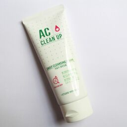 [Review] Sữa rửa mặt Daily Acne Foam Cleanser