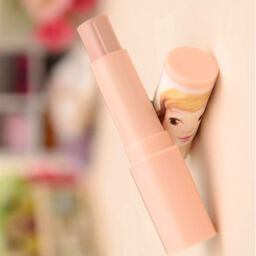 Những bí mật cần được bật mí của thanh che khuyết điểm Kissful Lip Care Lip Concealer