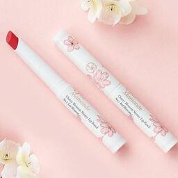 Mamonde Cherry Blossom Skinny Lip Pencil sắc môi anh đào, nàng nào cũng mê