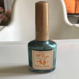 Sơn móng SKINFOOD PEDICURE SPARKLE 11 cho bộ nail màu sắc, lấp lánh mới lạ