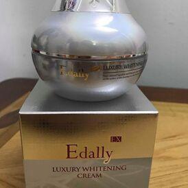 Kem dưỡng trắng hồng Edally EX Luxury Whitening Cream – bí quyết trẻ đẹp cho phụ nữ ngoài 30